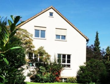 VERKAUFT: Freistehend. großzügig. vielseitig – Wohnatelier! 70439 Stuttgart (Stammheim), Einfamilienhaus